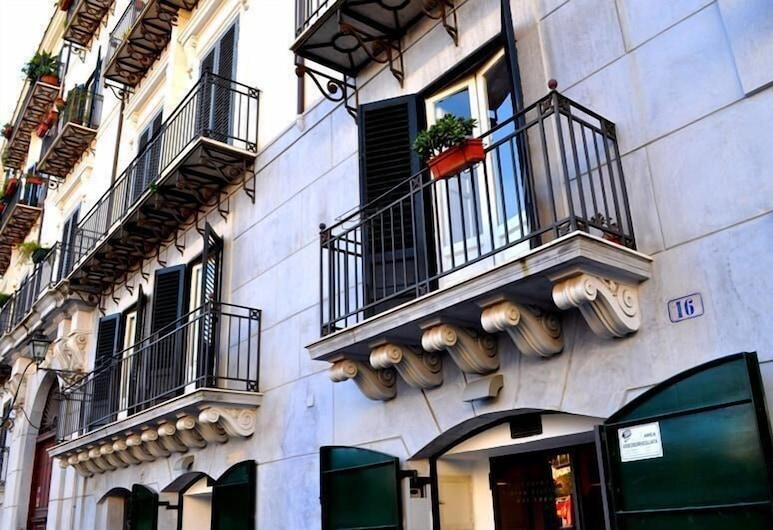 Kalamarina Rooms B&B, Palermo