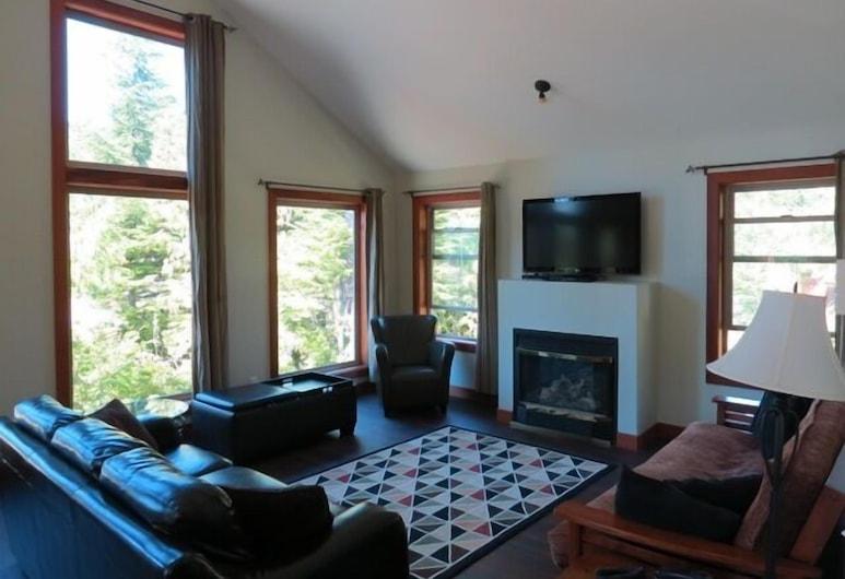 Cobble Wood Guesthouse, Tofino, Suite, 2Schlafzimmer (Sandpiper), Wohnzimmer