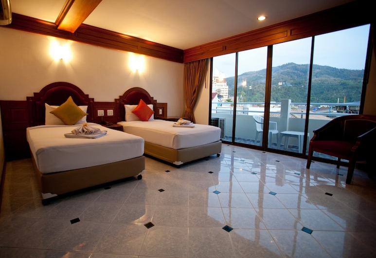 Patong Seaside Mansion, Patong, Deluxe Room, 1 King Bed, Balcony, Guest Room