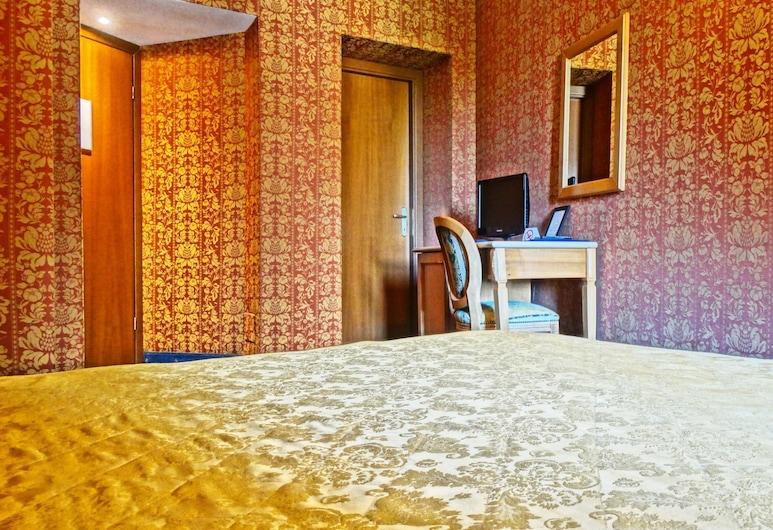 圭利堤住宅酒店, 羅馬, 三人房, 客房