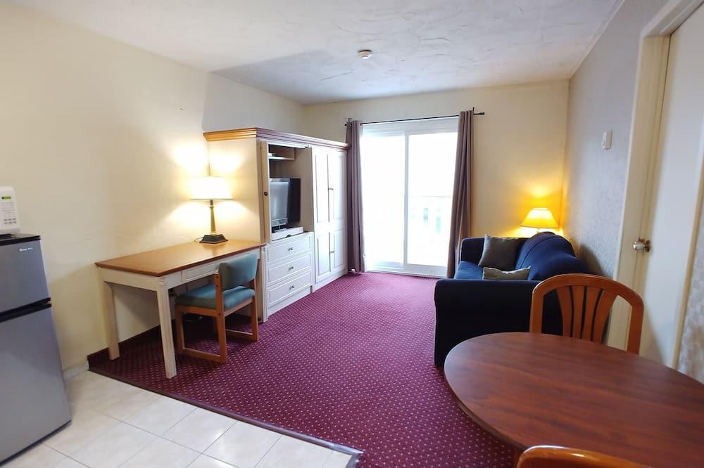 One Bedroom Suite (with balcony) - Житлова площа
