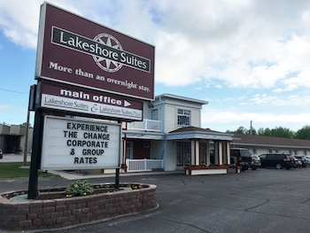 Foto Lakeshore Suites di North Bay