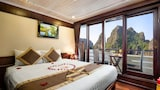 Book this In-room accessibility Hotel in Halong