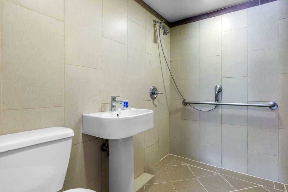 Standard-huone, 2 parisänkyä, Tupakointi kielletty - Kylpyhuone
