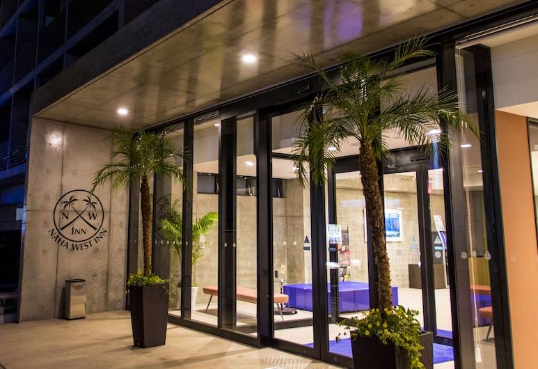 那霸西式旅館, 那霸, 酒店入口