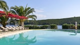 Choose this Apart-hotel in Corfu - Online Room Reservations