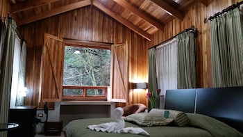 Introduce las fechas para ver los descuentos de hoteles en Monteverde