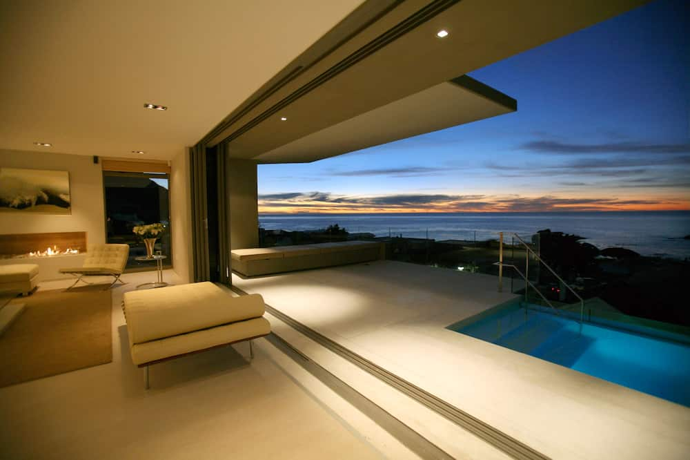 Penthouse (5 Bedrooms) - Living Area