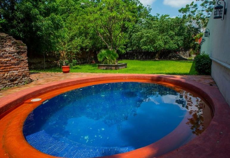 總督莊園精品飯店, 科利馬, 室外游泳池