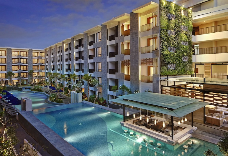 Courtyard By Marriott Bali Seminyak Resort, Seminyak, Outdoor Pool