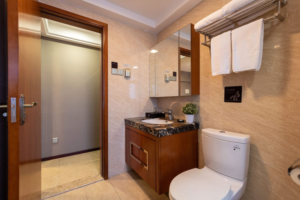 Deluxe soba, 1 queen size krevet - Kupaonica