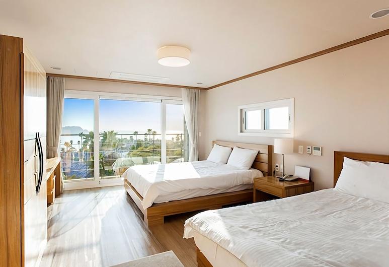 Dombe Resort, Seogwipo, Deluxe Twin Room, Ocean View, Guest Room