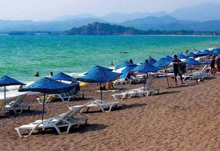 Montebello Resort & Spa – All Inclusive, Fethiye, Strand