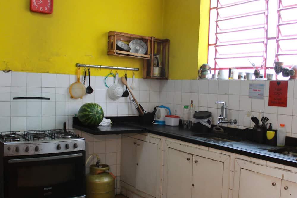Standard Double Room, Shared Bathroom - Shared kitchen
