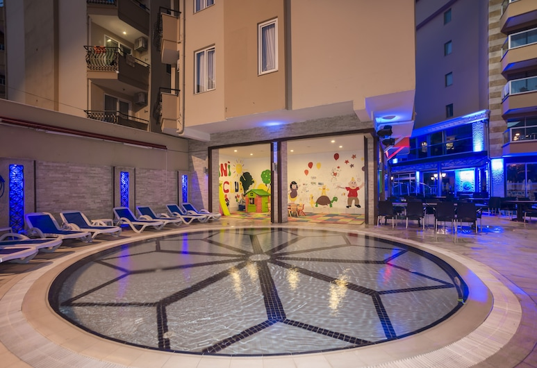 Taç Premier Hotel & Spa - All Inclusive, Alanya, Outdoor Pool