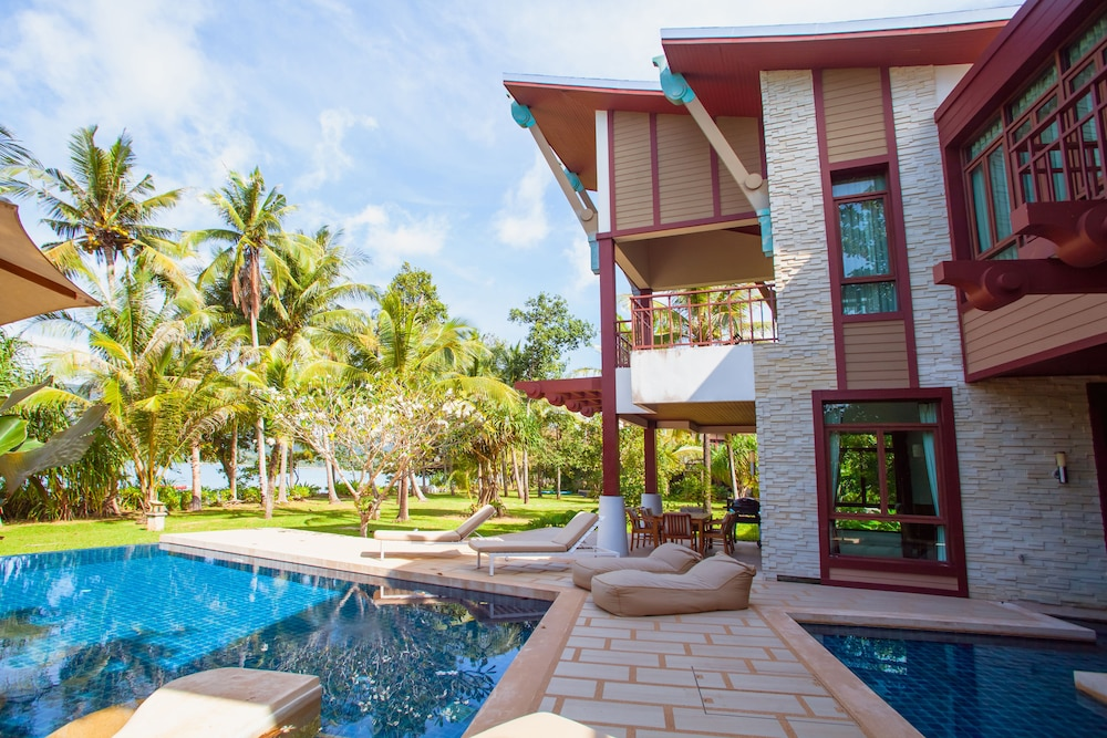 Amatapura Beach Villa 1 Krabi