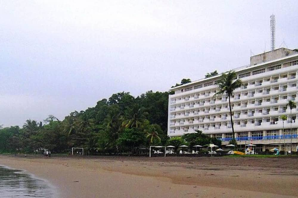 Inna Samudra Beach, Cikakak