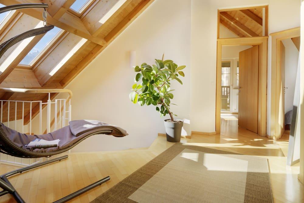 Apartment, 2Schlafzimmer, Balkon (Rabennest) - Wohnbereich