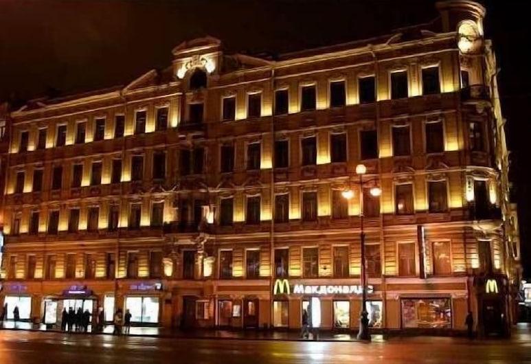 Angel Hotel, Szentpétervár, Hotel homlokzata