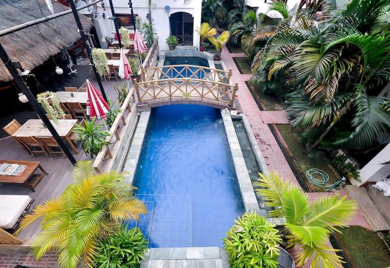 Nirvana Beach Resort, Boracay Island