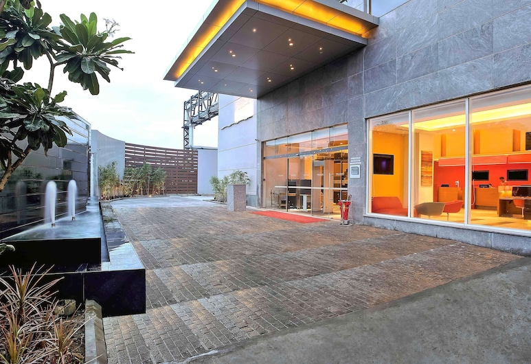 ibis Chennai SIPCOT Hotel, Chennai, Exterior