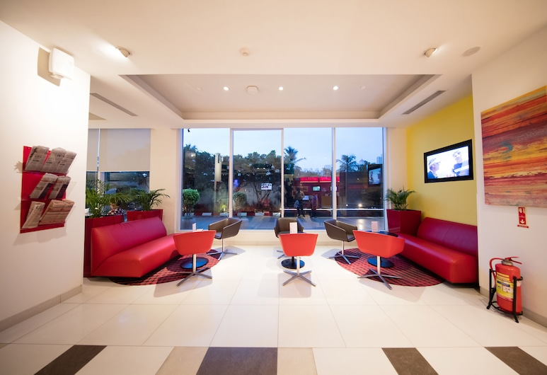 ibis Chennai SIPCOT Hotel, Chennai, Lobby Sitting Area