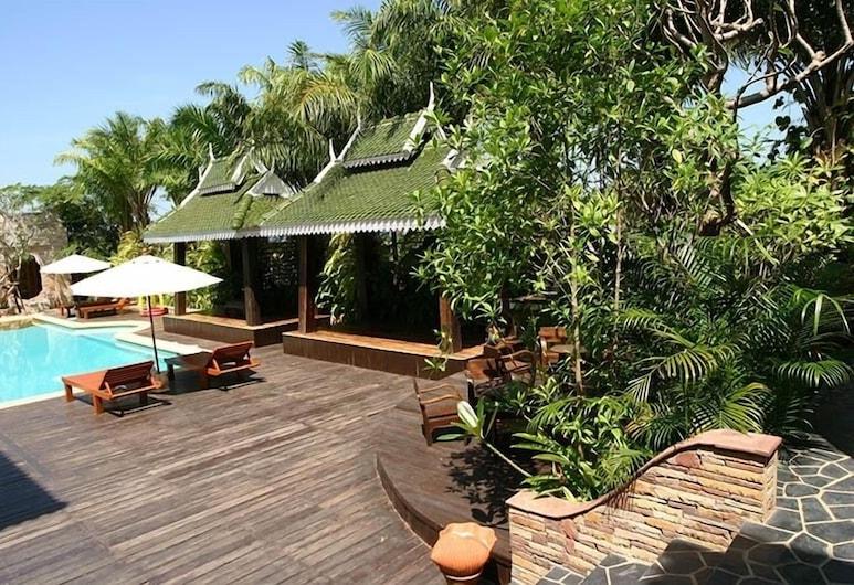 Keereeta Resort & Spa, Ko Chang, Property Grounds