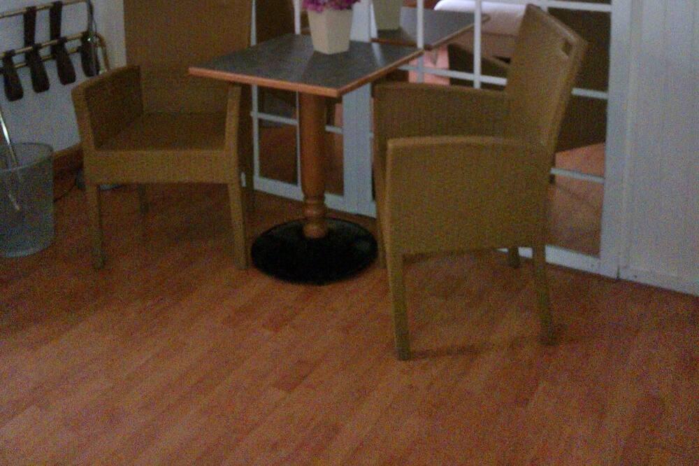 Сімейний номер - Обіди в номері