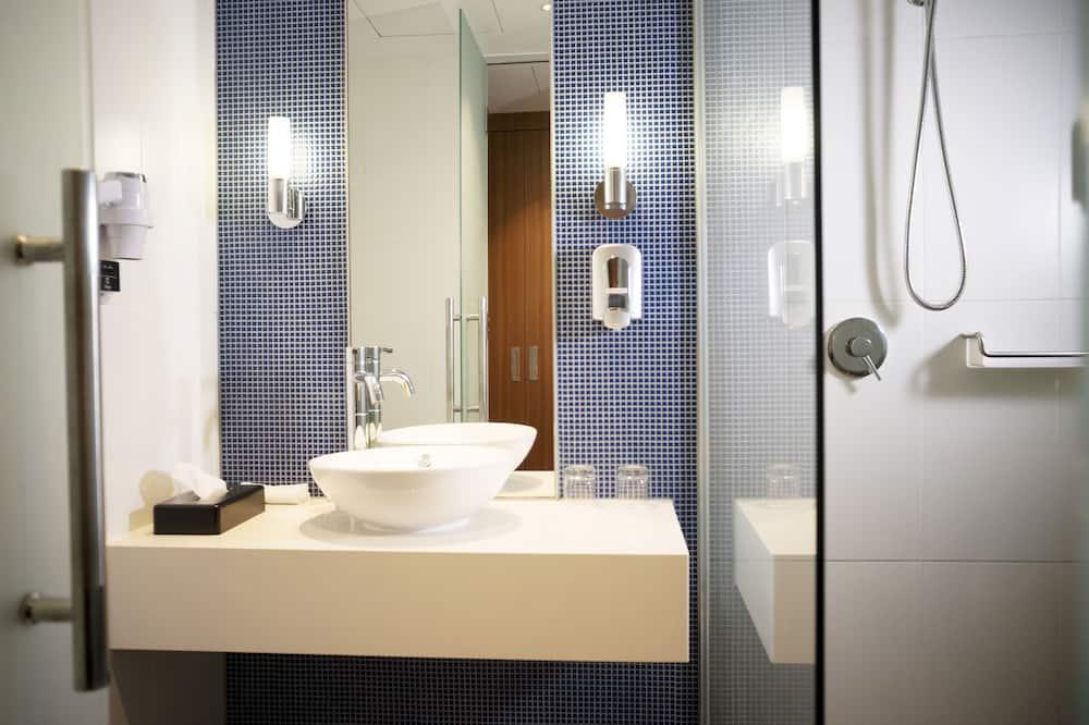 Huone, 2 yhden hengen sänkyä, Tupakointi kielletty - Kylpyhuone