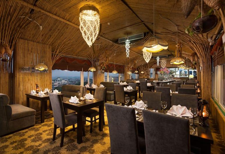 Boss Legend Hotel, Hanoi, Restaurant