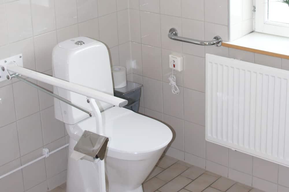 Ekonominės klasės vienvietis kambarys, bendras vonios kambarys - Vonios kambarys