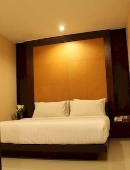 תמונה של Hotel Istana Permata Ngagel בSurabaya