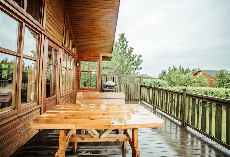 Minniborgir Cottages, Selfoss, Cottage, 3 Bedrooms, Hot Tub, Terrace/Patio