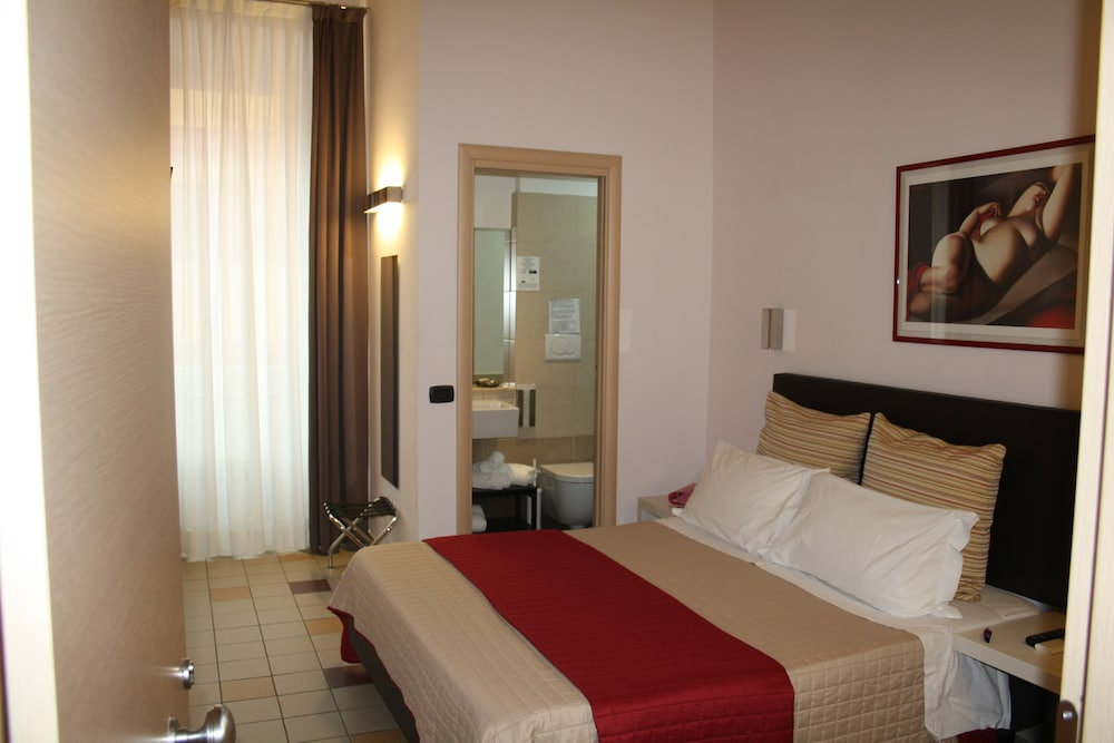 Rooms for you, Rome