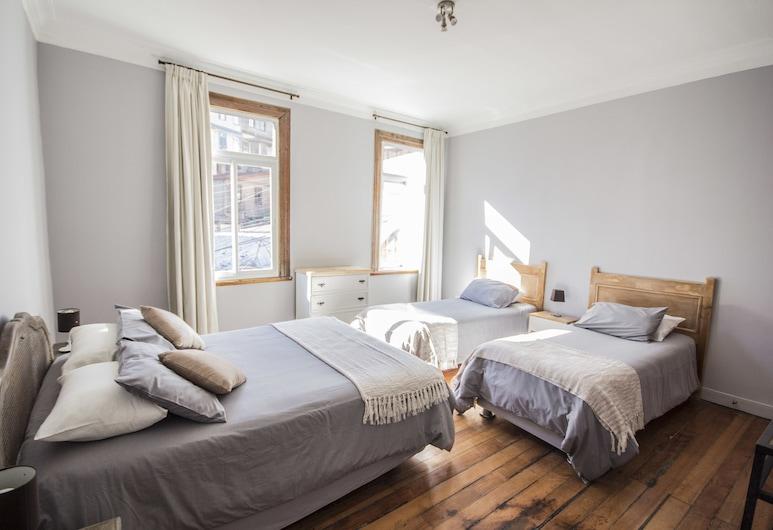 Cerro Alegre Guest House, Valparaíso, Habitación cuádruple, baño privado, Habitación