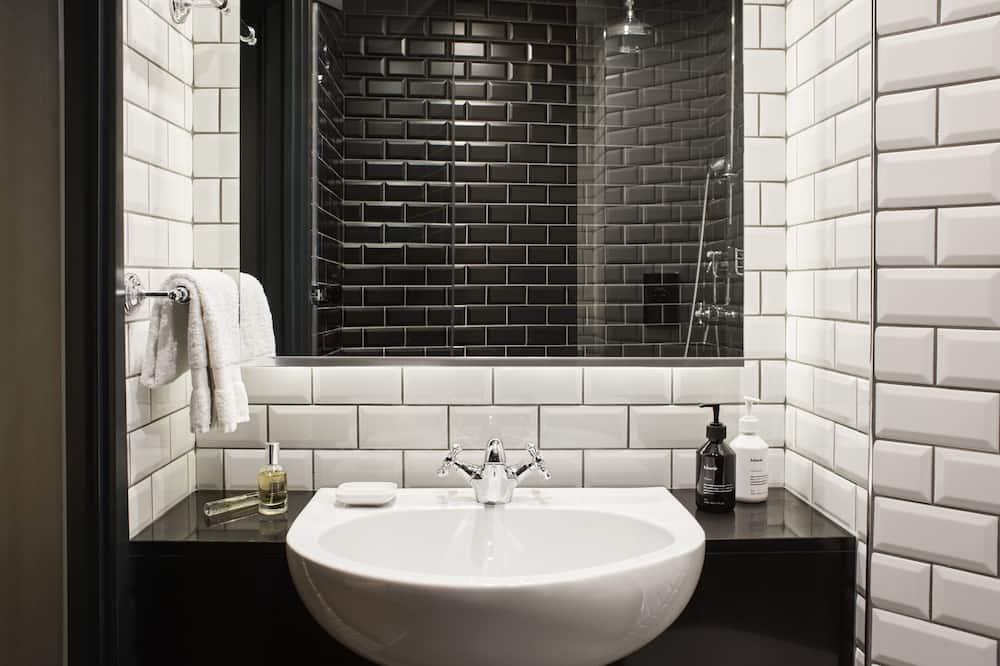 Roomy - Fürdőszoba