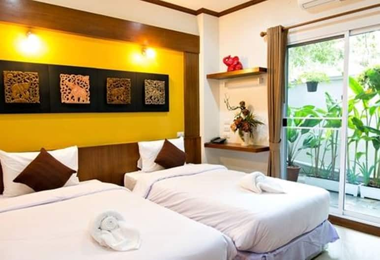 Cozytel Chiangmai, Chiang Mai, Standard Twin Room, 2 Single Beds, Guest Room View
