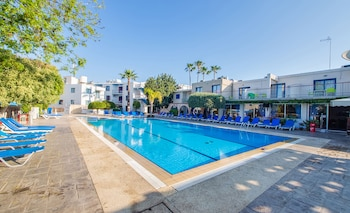 Picture of Green Bungalows Hotel Apartments in Ayia Napa