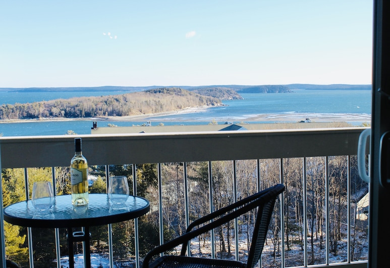 Atlantic Eyrie Lodge, Bar Harbor, Suite, 1 cama King size con sofá cama, balcón, vista al mar, Terraza o patio
