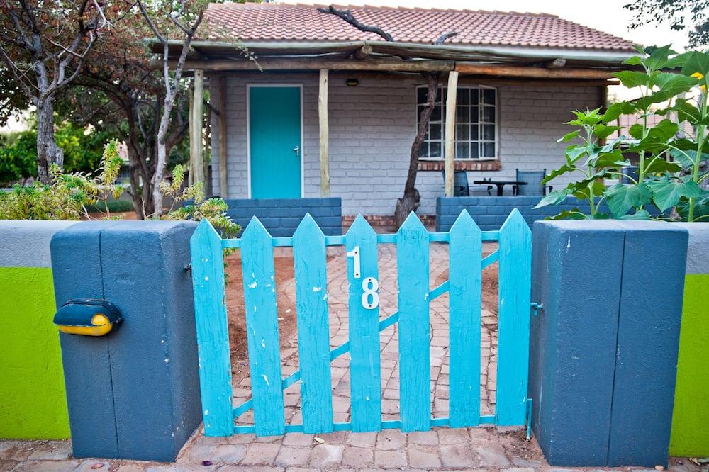 Standard Twin Room - Garden View