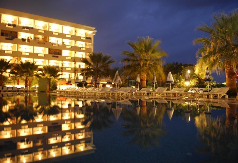 Aska Bayview Resort – All Inclusive, Alanya, Hotel Front – Evening/Night