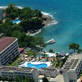 Aska Bayview Resort – All Inclusive