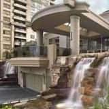 Oxford Furnished Apartments, Mississauga