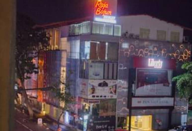 Backpack Lanka - Central Colombo, Colombo, Otelin Önü - Akşam/Gece