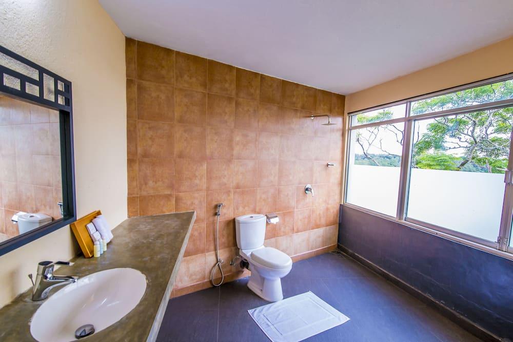 Superior Room, Garden View - Bathroom