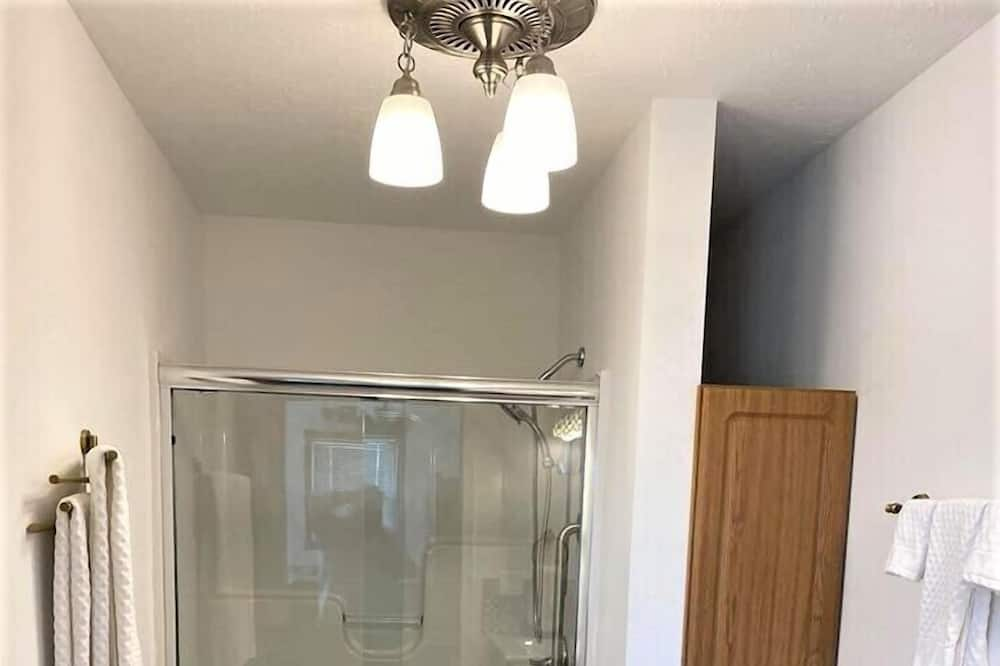 Cottage, Ensuite (Squire Cottage) - Bathroom