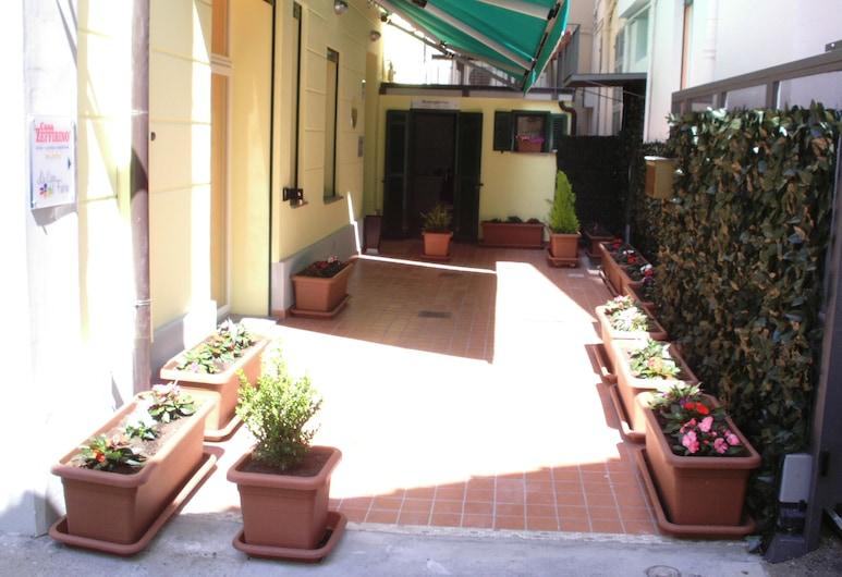 Casa Zeffirino, Sanremo, Hotellinngang