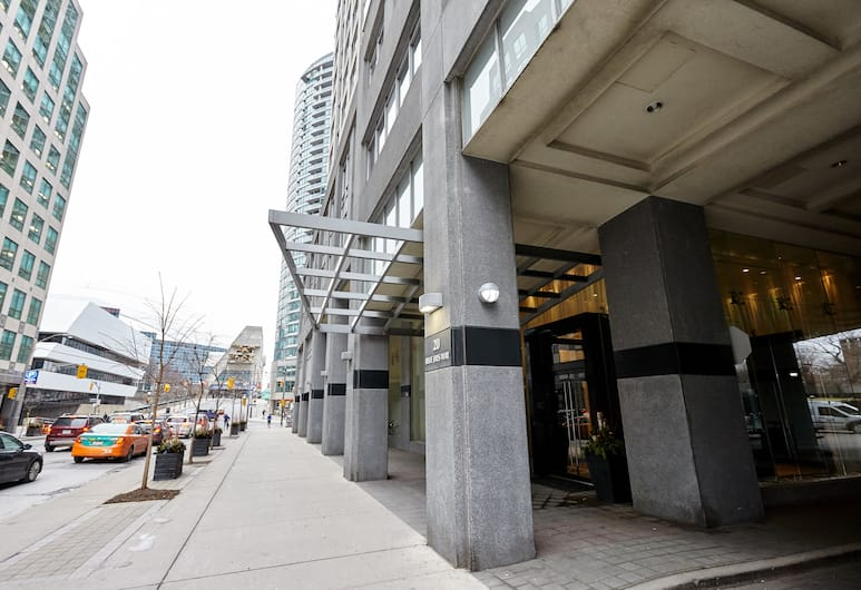 Atlas Suites Furnished Apartments- Wellington, Toronto, Buitenkant