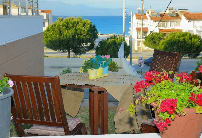 Twins Hotel, Cesme, Terrace/Patio