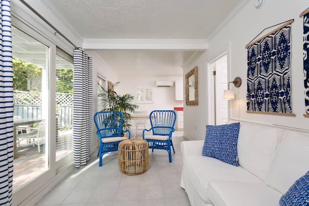 Apartment, 1 Bedroom (Corraline) - Living Area